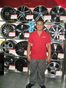 stamford-tyres-tyre-mart-east-coast_ec-staff-486x648